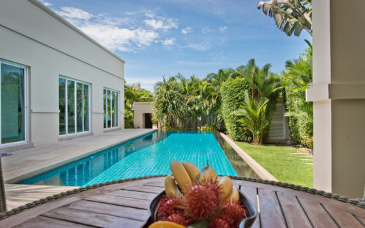 Pool Villa For Sale in Pattaya